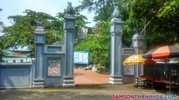 Cổng chùa Cô Tiên Sầm Sơn Thanh Hoá