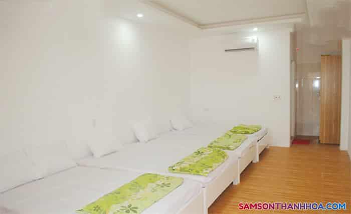 Phòng cỡ lớn với 3 giường ngủ