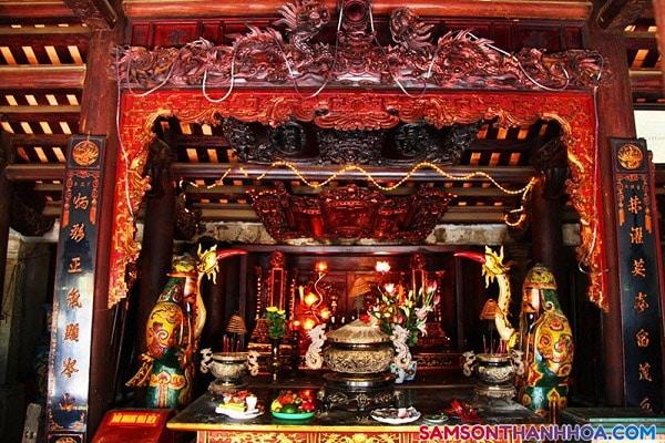Đền thờ thần Độc Cước