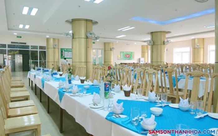Phòng ăn phục vụ đặc sản biển ngon nhất