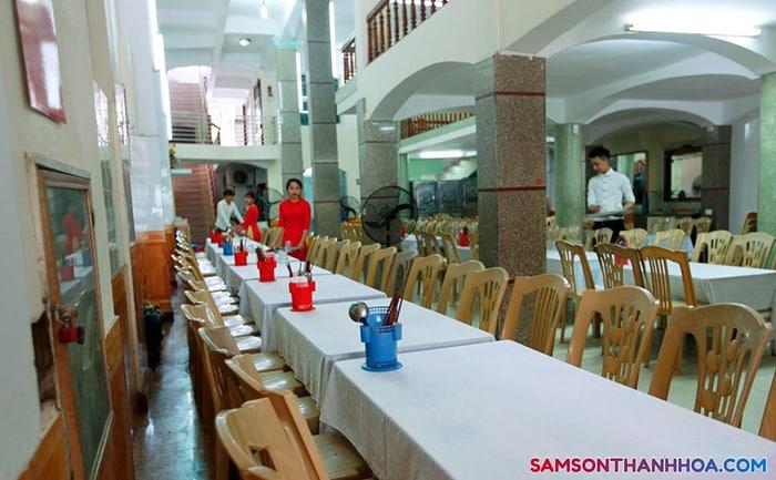 Khu vực phòng ăn tập thể