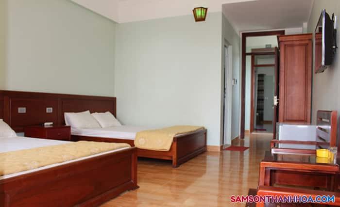 Phòng nghỉ rộng có 2 giường ngủ