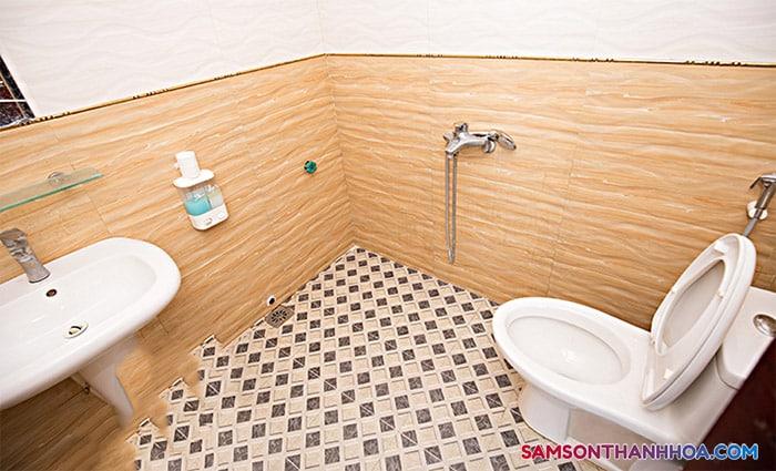 Phòng tắm với các trang thiết bị tiện nghi nhất