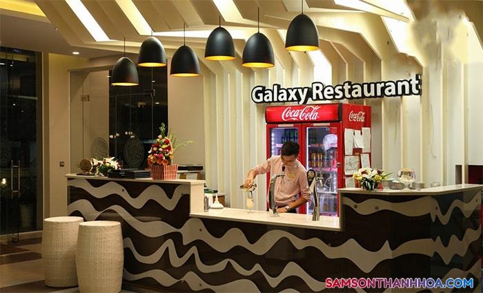 Khu vực quầy bar phục vụ đồ uống