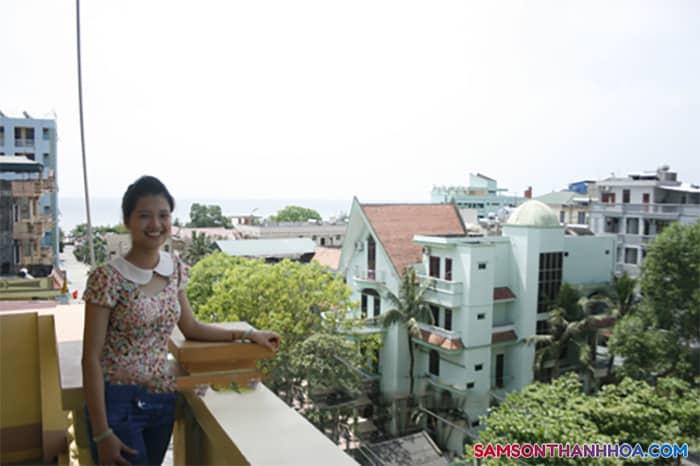 View biển nhìn từ ban công khách sạn