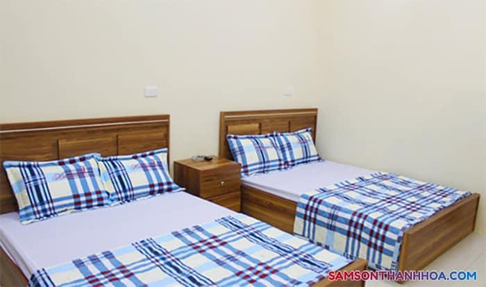 Giường đôi rộng rãi
