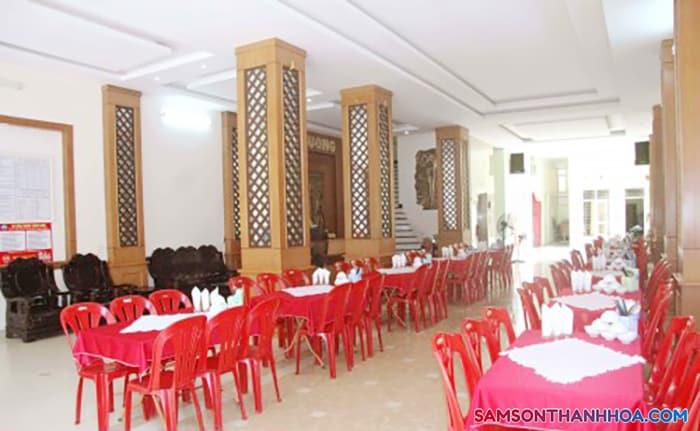 Phòng ăn tập thể có phcuj vụ 200 suất ăn
