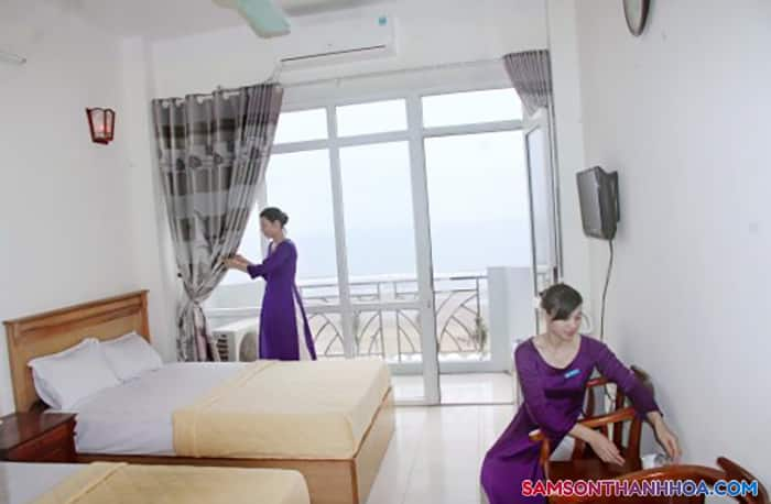 Bên trong phòng nghỉ với view biển
