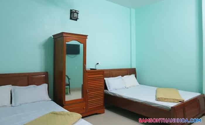 Phòng nghỉ có 2 giường ngủ đôi