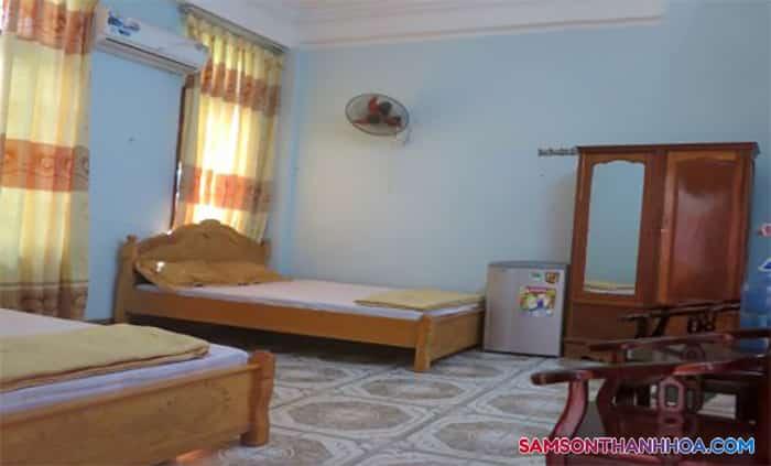 Phòng nghỉ rộng rãi có 2 giường ngủ