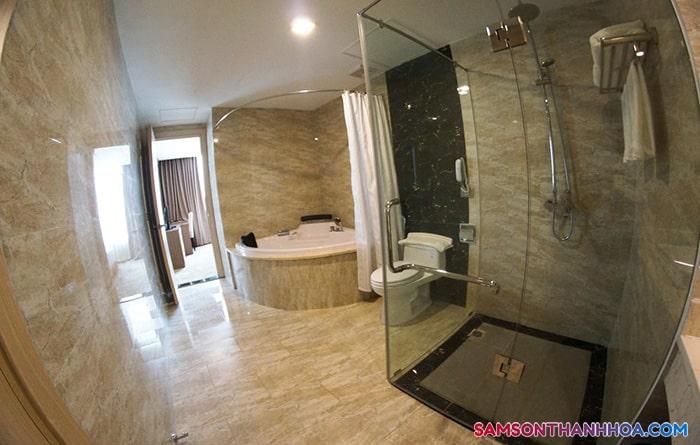 Nội thất bên trong phòng tắm