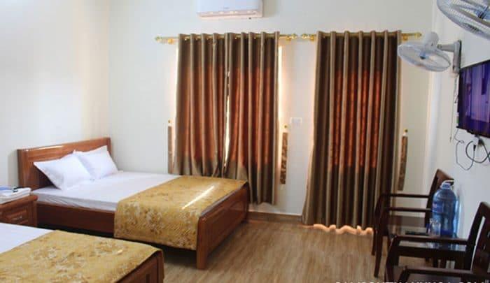 Phòng ngủ được trang bị nội thất hiện đại có điều hòa mát mẻ